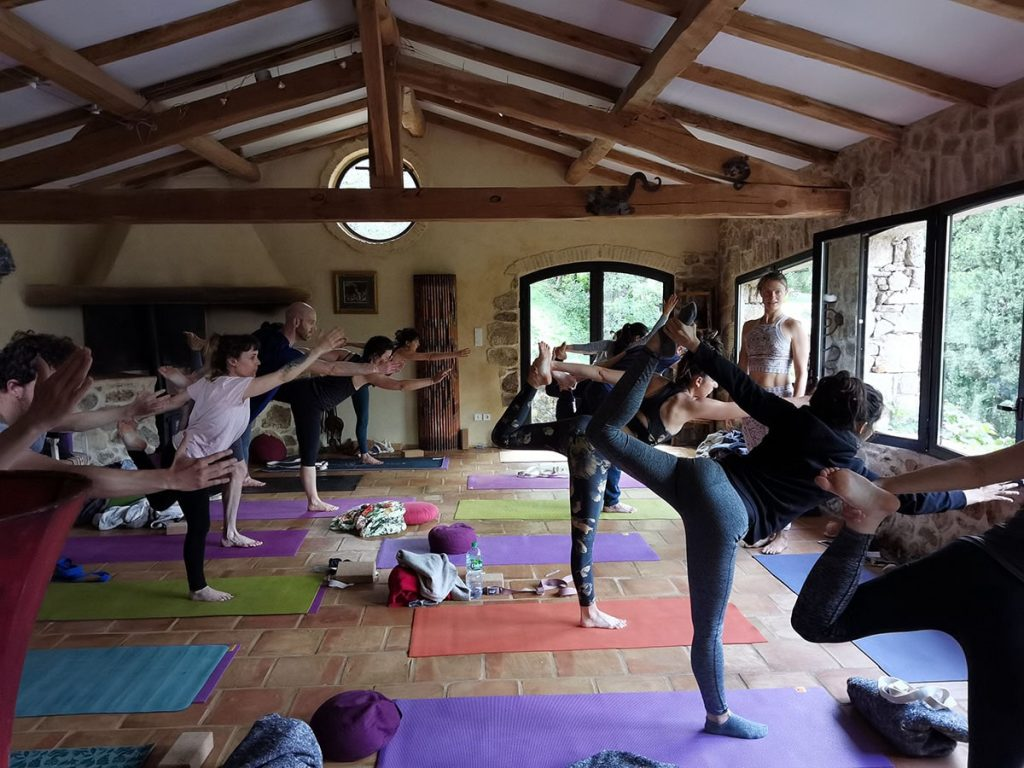 Photo of the group at the yoga retreat