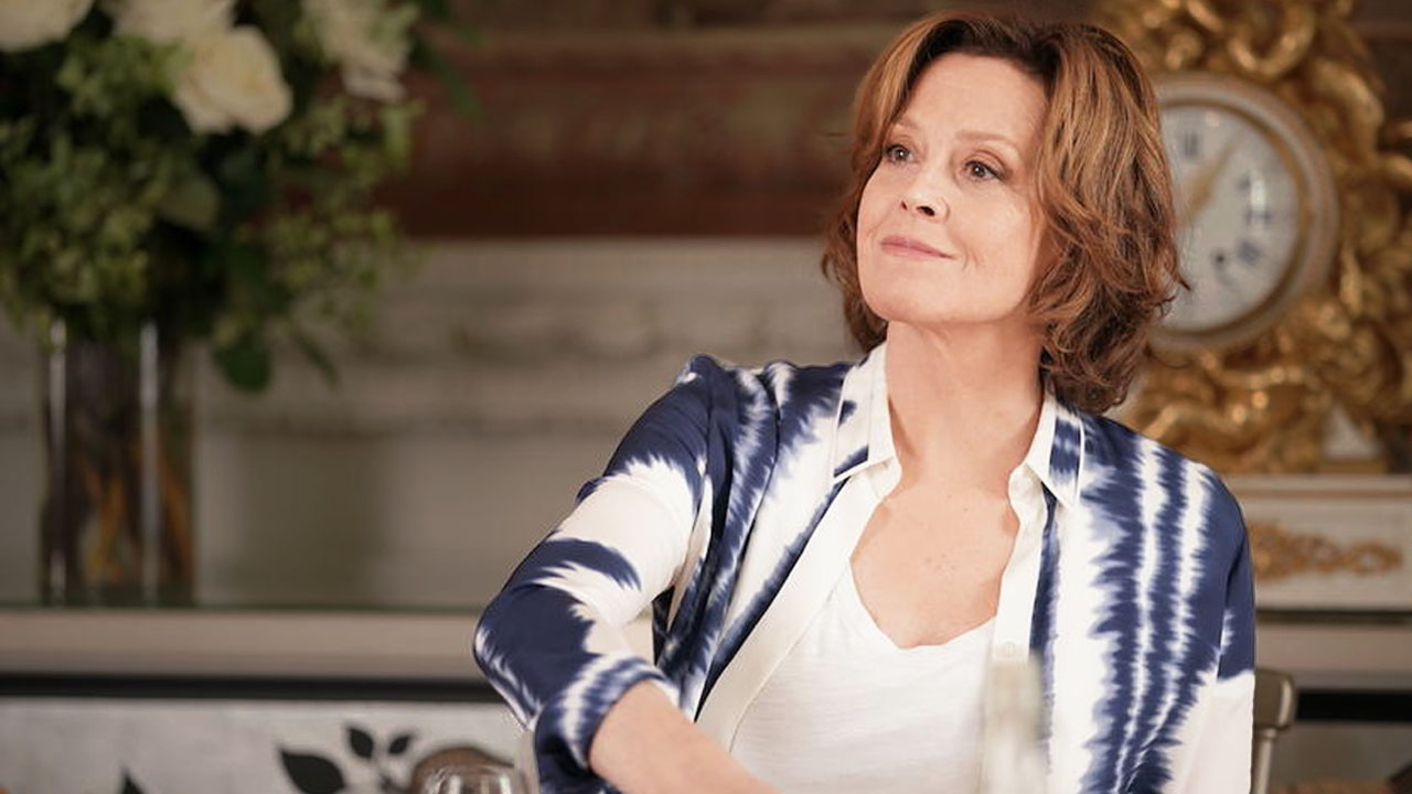 Learning French from Sigourney Weaver